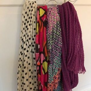 Bundle of 4 scarves